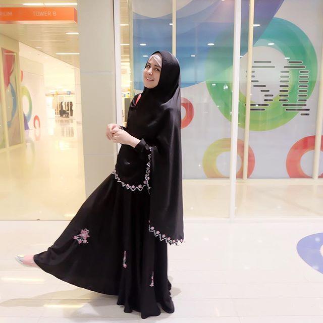 Butik zaskia sungkar online dating 6