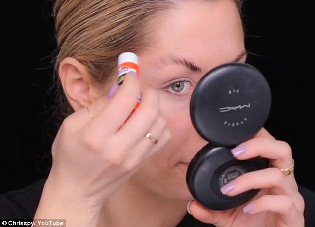 makeup Finding Dory © 2016 brilio.net
