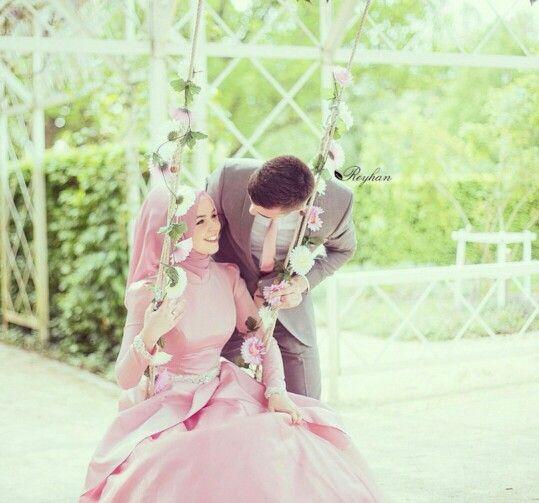 15 Foto Romantis Pernikahan Bergaya Islami Kamu Kapan Begini