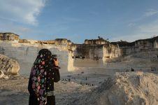 Wisata bukit batu nan eksotis ini ada di Madura lho, yuk piknik!