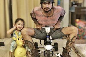 9 Foto kocak Tora Sudiro & putrinya habiskan waktu bersama, gemes deh!