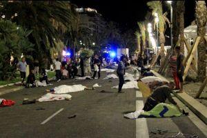 11 Foto mencekamnya tragedi Nice, Prancis, dunia kembali berduka!