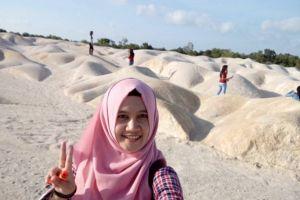 Gurun Pasir Bintan ini diburu anak muda buat tempat selfie, ngehits!