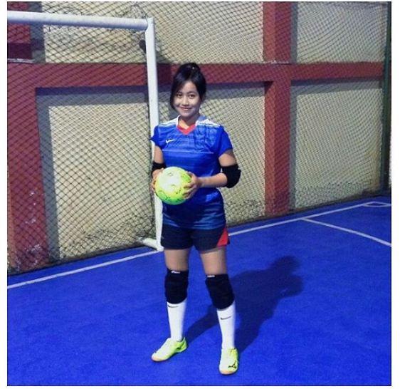 Zenitha Kiper Futsal Cantik Yang Bikin Cowok Nggak Tega Ngegolin