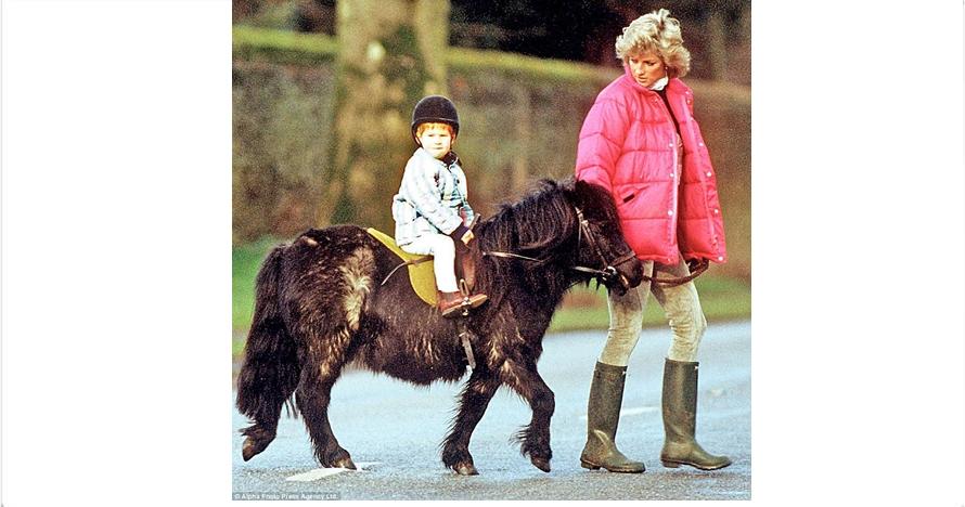 15 Foto masa kecil Pangeran Harry & Lady Diana ini so sweet banget!