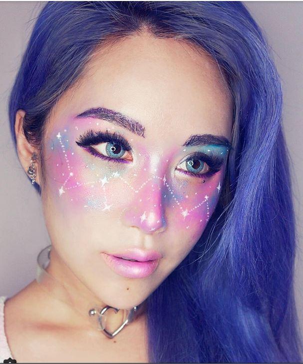 Galaxy Makeup  © 2016 brilio.net