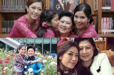 10 Foto kedekatan Ani Yudhoyono dan menantu, bukti mertua idaman ya!