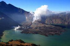 Aktivitas Gunung Rinjani meningkat, pendakian terpaksa ditutup!