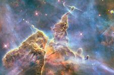 10 Objek angkasa indah ini ternyata bisa dilihat mata telanjang, wow!