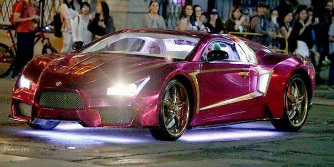 Mobil Joker di film Suicide Squad ternyata supercar 'abal-abal' lho...