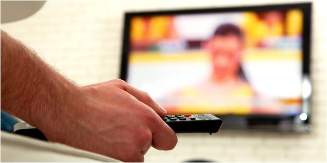 Orang yang lebih sering nonton video dewasa ternyata lebih religius!