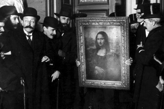 6 Rahasia di balik senyum misterius Mona Lisa, awas kaget