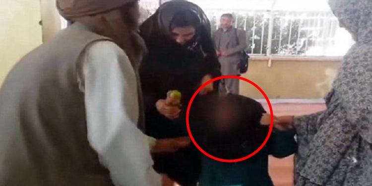 Ayah ini 'raja tega' tukar anak gadisnya dengan kambing & makanan, duh