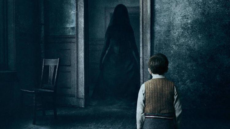 Selain hantu, 5 alasan ini bikin kamu merinding nonton film horor