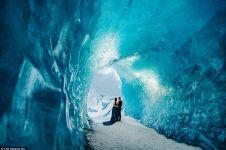 10 Foto prewedding traveler ini seperti di surga es, keren!