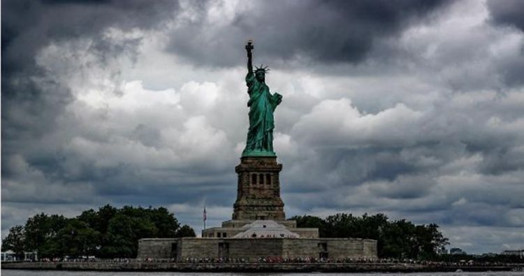 10 Foto lawas proses pembangunan Patung Liberty ini jarang orang tahu