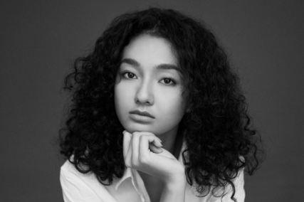 Cantiknya Tatyana Akman, salah satu pemeran Ini Kisah Tiga Dara