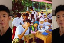 Artis Korea ganteng ini bantu pendidikan anak Indonesia, salut deh!