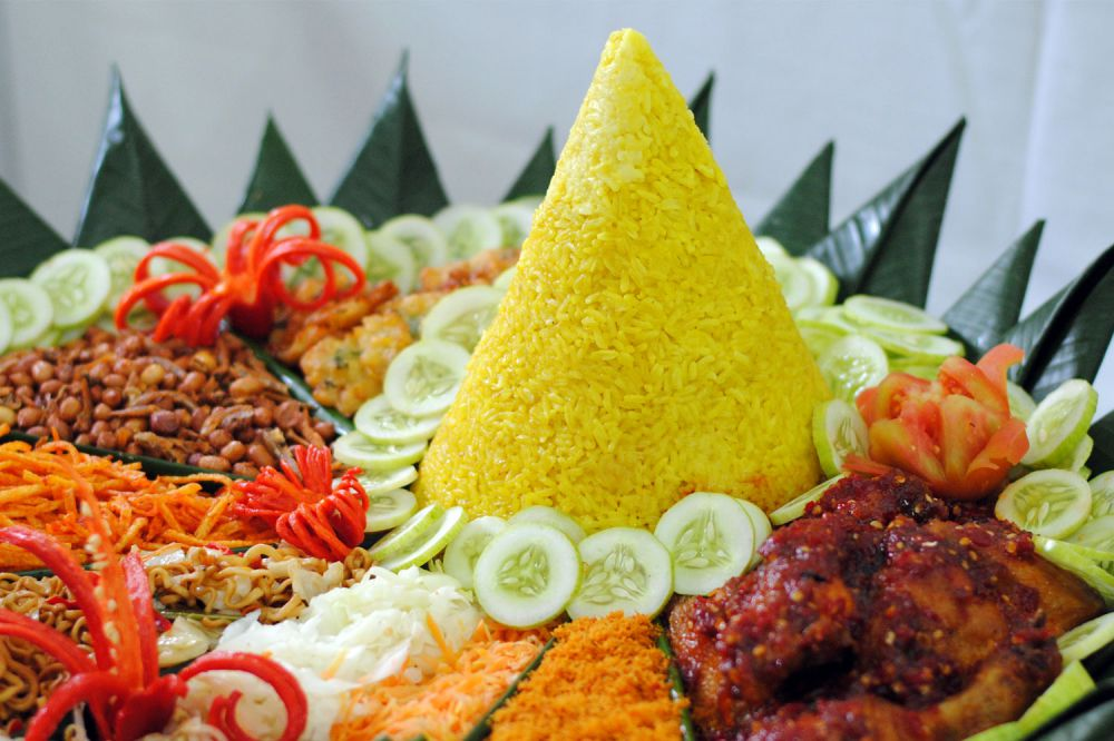 Image result for nasi tumpeng