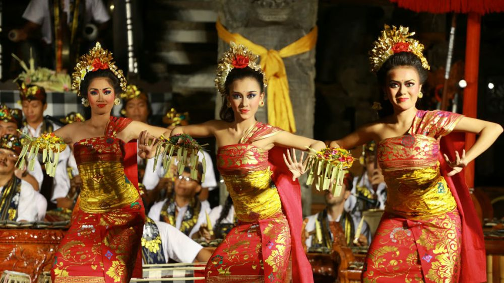 10 Ancient Indonesian Dances You Need To See