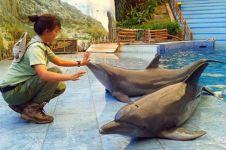 Dokter hewan cantik ini dedikasikan hidupnya untuk satwa liar, salut!