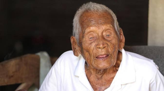 Mbah Gotho, pria tertua di dunia asal Sragen jadi sorotan media asing