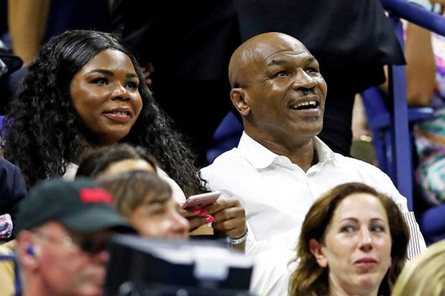 Mike Tyson ketahuan tak membayar sekotak es krim, duh!