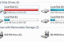 Kenapa drive bawaan di komputer Windows memakai C, nggak A atau B?