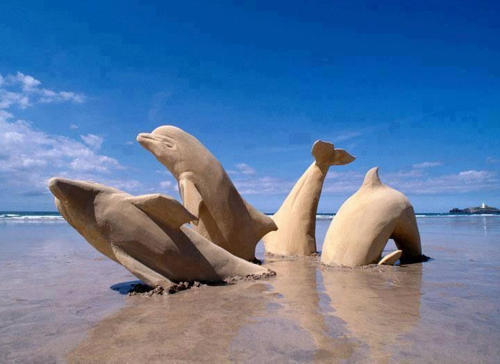 15 Sand art keren, bikin pengen main ke pantai