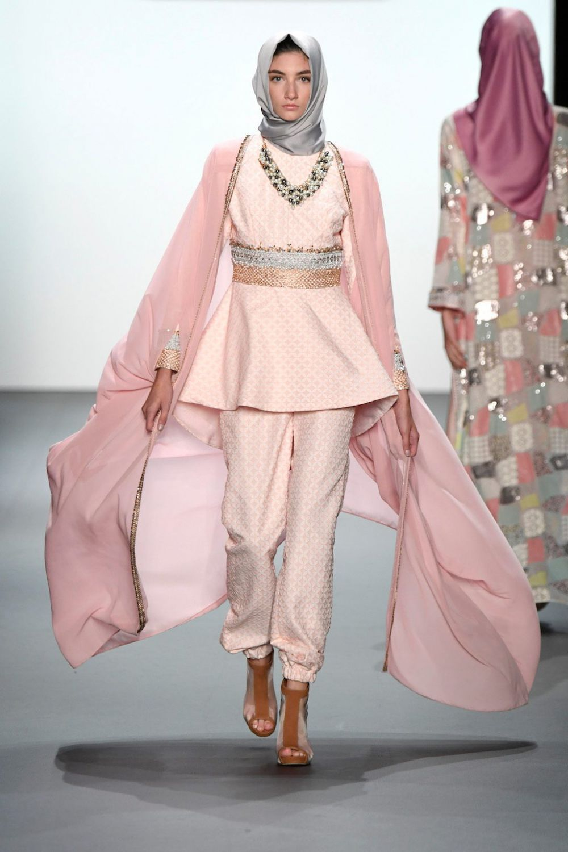 15 Baju Muslim Rancangan Anniesa Hasibuan Yang Tampil Di Nyfw 2016