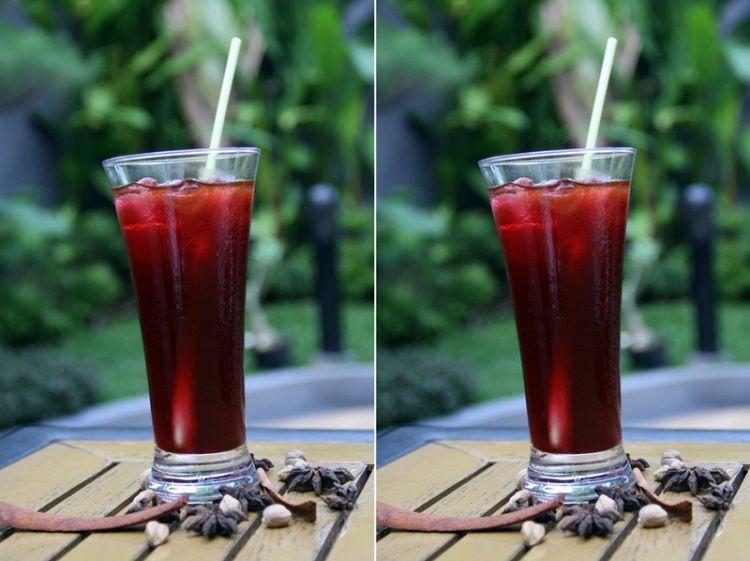 Es secang, minuman tradisional kaya rempah yang rambah hotel