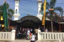 Masjid kecil ini dilengkapi fasilitas khusus untuk difabel, top banget