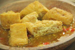 Tak perlu ke Cirebon, begini resep Tahu Gejrot yang dijamin lezat abis