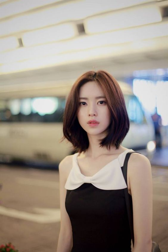 10 Model Rambut Pendek Ini Bikin Kamu Tampak Awet Muda
