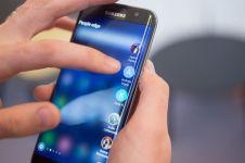 4 Ponsel ini punya fitur setara Galaxy Note 7 dengan harga lebih murah