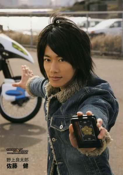 13 Foto Gantengnya Takeru Sato Dari Kamen Rider Hingga Rurouni Ke