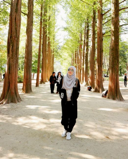 10 Ootd Kece Untuk Kamu Para Hijab Traveler Biar Makin Hits Dong