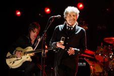 Ini alasan kenapa musisi Bob Dylan bisa raih Nobel Sastra