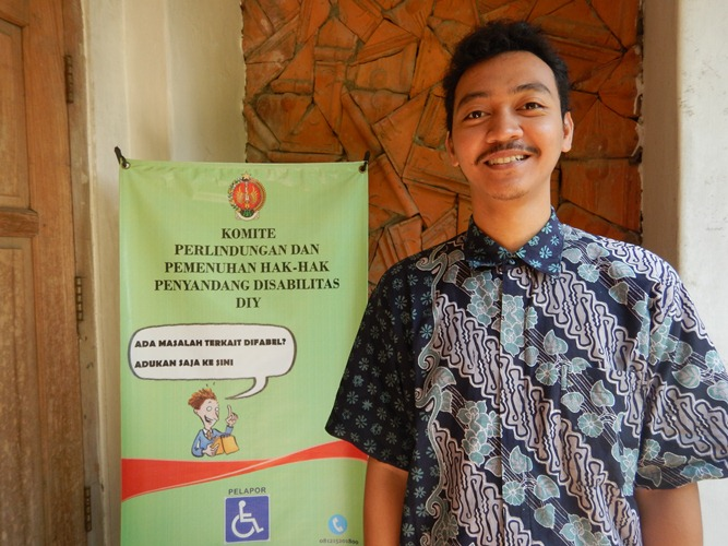 Cerita Adit tentang suka duka jadi penerjemah bahasa isyarat