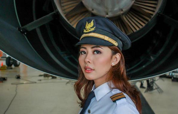 Patricia Yora, si cantik yang jadi pilot wanita termuda di Indonesia