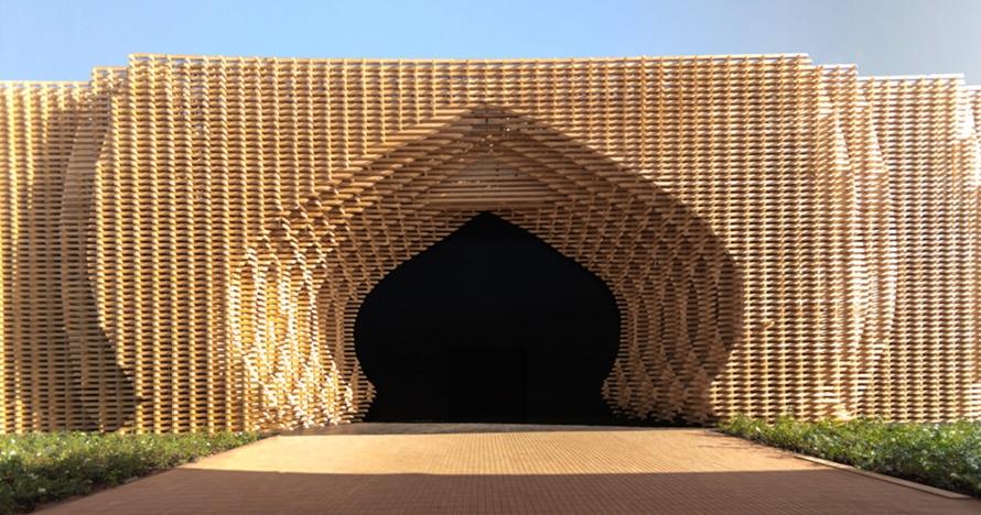 8 Foto megahnya gerbang Ark22, pembatas gurun dan kota di Maroko