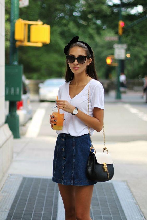 12 Padu Padan Kaus Putih Ini Terlihat Simpel Tapi Tetap Kece Abis