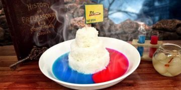 Kari asal Jepang ini unik banget, warnanya kinclong