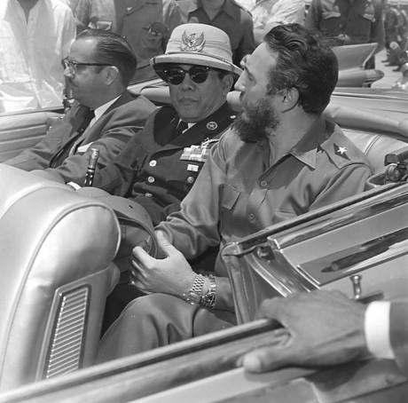 Persamaan Castro-Soekarno berbagai sumber