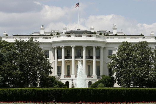 10 Fakta tentang White House, pernah ada hantu Abraham Lincoln di sana
