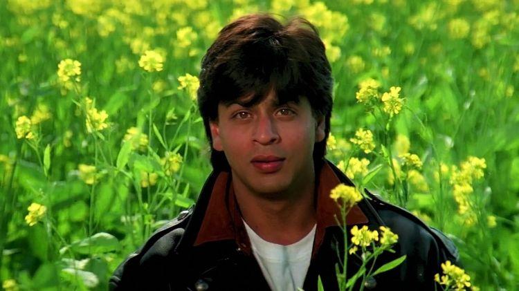 5 Alasan Shah Rukh Khan pantas digelari Raja Bollywood