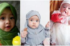 13 Foto bayi pakai jilbab ini imutnya nggak nahan, jadi pengen nyubit