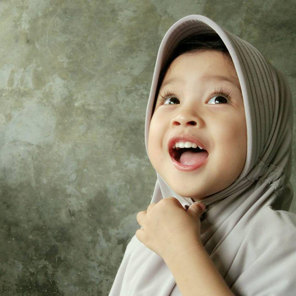 13 Foto Bayi Pakai Jilbab Ini Imutnya Nggak Nahan Jadi
