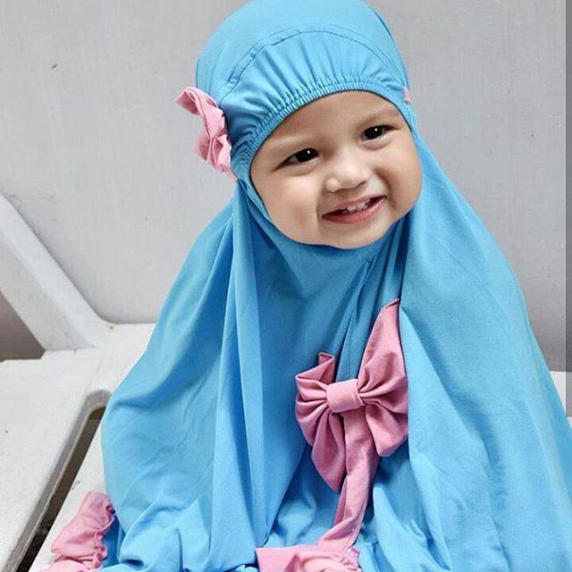 bayi berjilbab © 2016 instagram