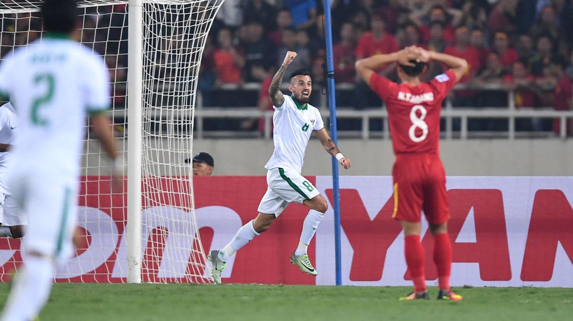 Tahan seri Vietnam secara dramatis, Indonesia lolos ke final Piala AFF